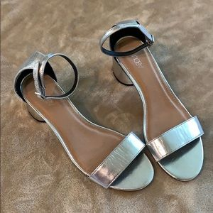 ABOUND silver sandals with small heel. Size 7